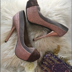 Charlotte Russe Champagne/Brown Glitter Pumps Sz 8